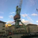 Ein Hafenkran ohne Hafen